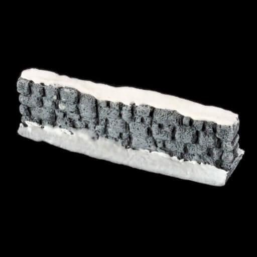 Schneebedeckte Steinmauer 3